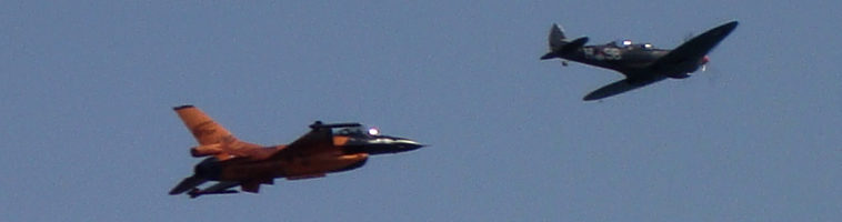 First ever flyby with Dutch F-16 and Spitfire at Eastbourne Airbourne 2009